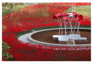 Poppy-Scupture-Installation-1-300x212
